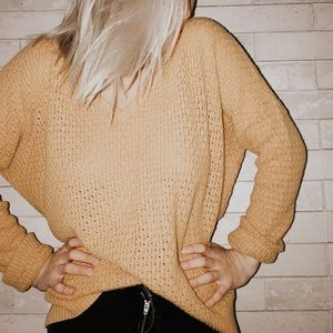 Oversized mustard sweater!